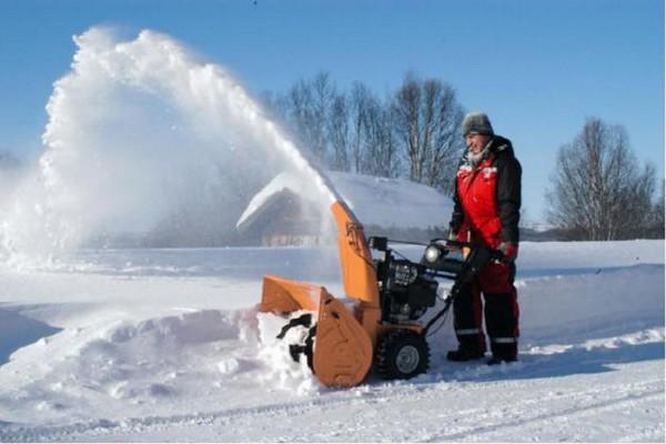 Выбираем снегоуборочную технику