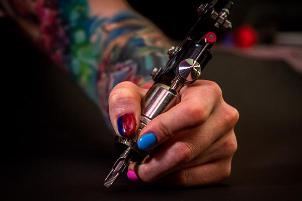 Где сделать хорошую татуировку?