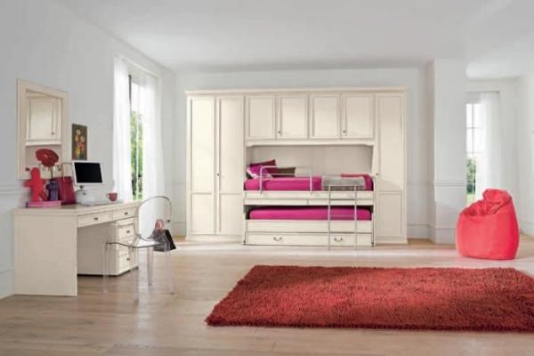 хорошую и простую мебель