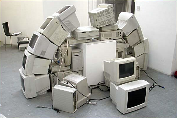 Куда деть старый монитор?