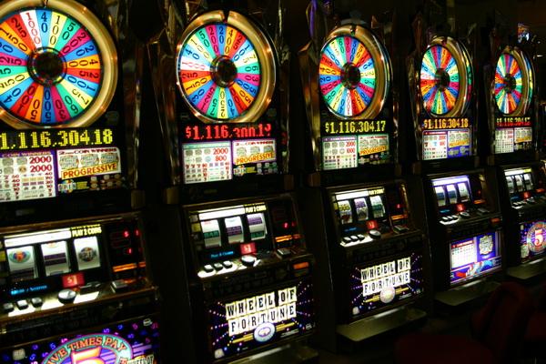 Игры на деньги - есть ли смысл?