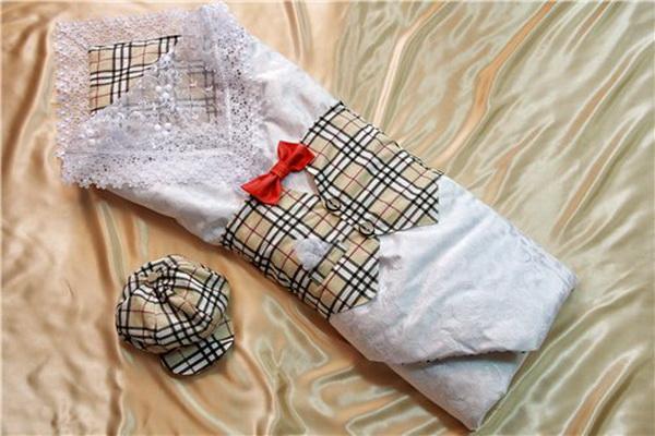 Одежда на выписку для мальчика
