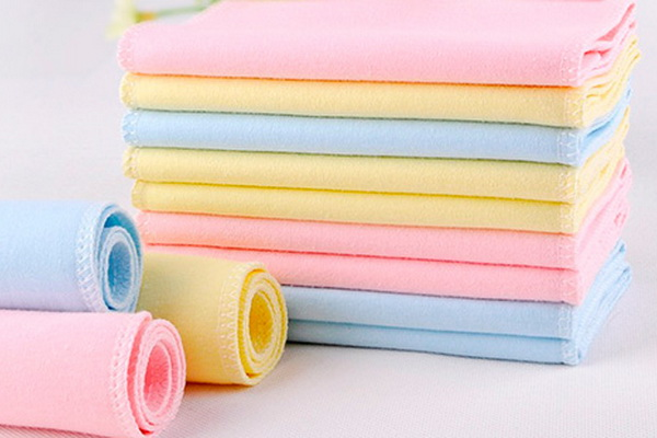 Нужны ли пеленки для новорожденных?