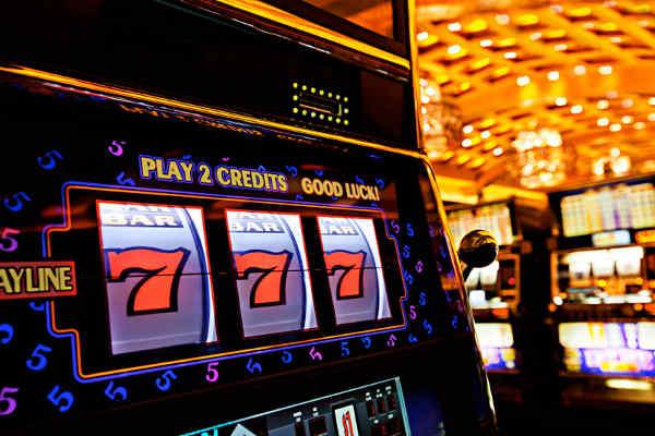 Игра на автомате «Братва» в казино