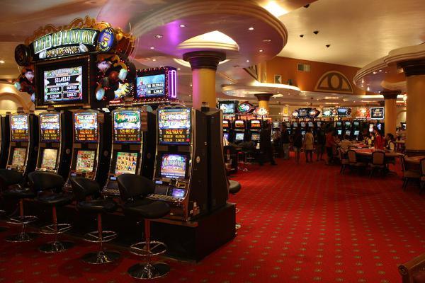 Играем в казино онлайн